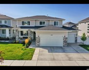 1059 W Valor Ct, Bluffdale image