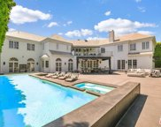 820 Whittier Drive, Beverly Hills image