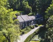 16 Frost Mill Rd, Mill Neck image