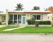 9024 Byron Ave, Surfside image