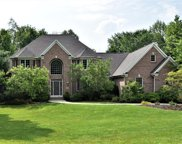 8100 Woodberry Boulevard, Chagrin Falls image