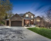 2483 S Deer Run Cir, Bountiful image