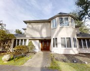9 Willowdale   Drive, Cherry Hill image
