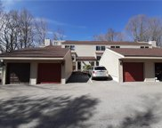 18 Comstock  Trail Unit 18, Brookfield image