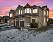 1 Inverary Crt, Whitby image