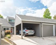 28 GREENRIDGE  CT, Lake Oswego image