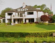 371 LAKE SHORE RD, Grosse Pointe Farms image