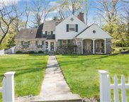 30 Vernon  Road, Scarsdale image