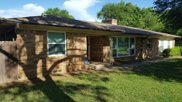 2323 Newton Circle E, Irving image
