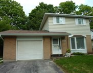 777 Greenfield Cres, Newmarket image