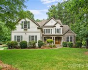 2286 Capes Cove  Drive, Sherrills Ford image