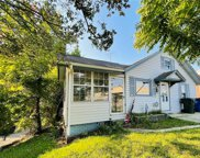 342 E Independence Boulevard, Mount Airy image