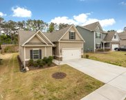 215 Woodford Dr, Holly Springs image