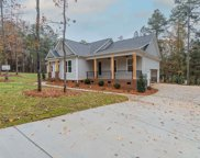 105 Spinnaker Pointe Drive, Chapin image