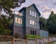 2527 3rd Ave N, Seattle image
