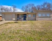 5513 Wheaton Drive, Fort Worth image
