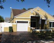 1151 Sw 87th Ave, Pembroke Pines image