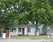 730 S Mesquite Ave, New Braunfels image