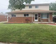32342 Beechwood, Warren image