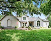 8021 NW Lakeview Drive, Parkville image