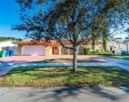 6835 Queen Palm Ter, Miami Lakes image