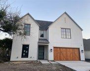 5742 W Amherst Avenue, Dallas image