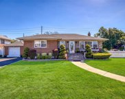 3969 Hahn  Ave, Bethpage image