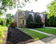 6841 North Francisco Avenue, Chicago image