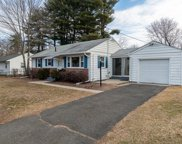 51 Ferncliff Ave, Springfield image