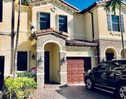 8927 Nw 98th Ct, Doral image