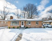 1822 Crescent Drive Ne, Grand Rapids image