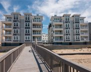 MM Beacon - Point Chesapeake Way, Northeast Virginia Beach image