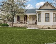 136 W Evergreen St, Boerne image