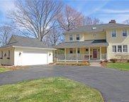 53 Manor  Drive, North Haven image