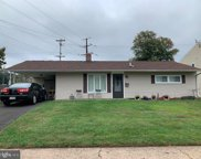 34 Gable Hill Rd, Levittown image