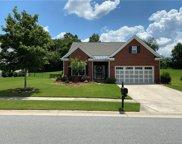 139 Rougemont  Lane, Mooresville image