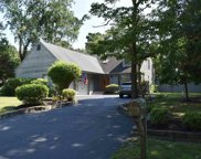 802 Simsbury Ct, Galloway Township image