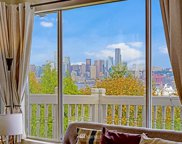 3562 SW Admiral Way, Seattle image