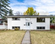 3916 Vancouver Crescent Nw, Calgary image