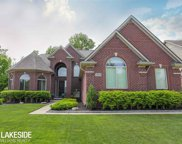 54699 Glen Oaks Dr, Shelby Twp image