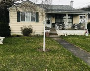 1140 S Valley Ave, Throop image