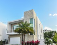 10592 Nw 67th Terrace, Doral image