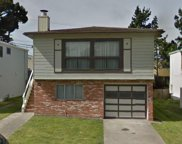 238 Gateway Dr, Pacifica image