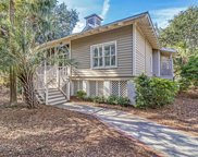 84 Seaside Cottage Lane, Isle Of Palms image
