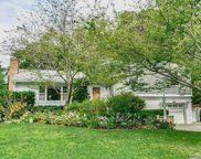 10 Wood Lane  Ln, Locust Valley image