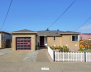 736 Thornhill Dr, Daly City image