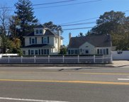 8 Montauk Hwy, Blue Point image