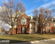 15060 Hidden Pointe Circle, Sterling Heights image