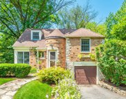 260 Churchill Place, Clarendon Hills image