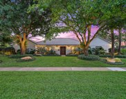 11905 Lake Shore Place, North Palm Beach image